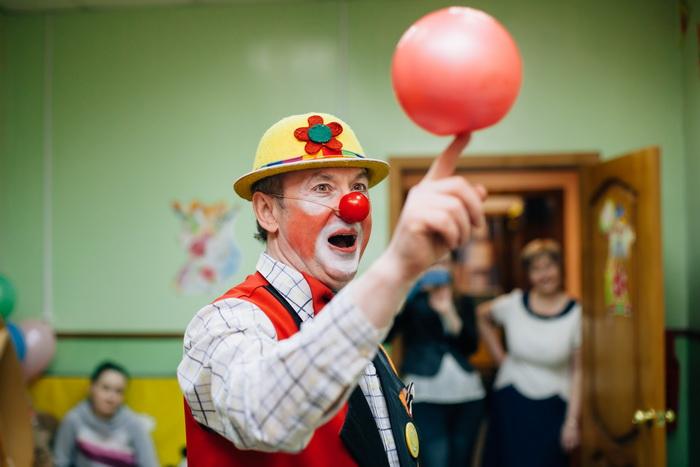 Открывается школа клоунады